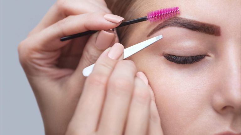 What's The Difference Between Eyebrow Tint And Henna?